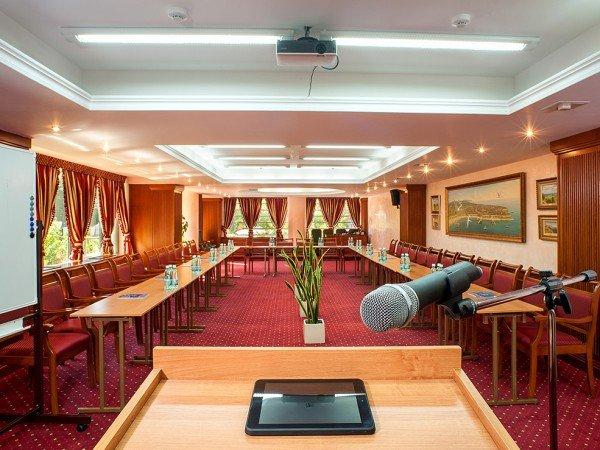 Организация мероприятий в отеле «Grand Hotel Valentina»
