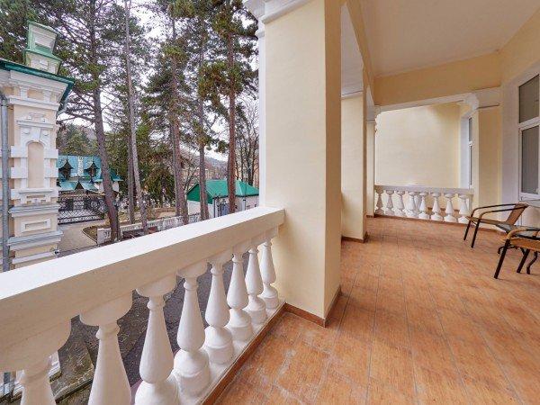 Джуниор Сюит с балконом