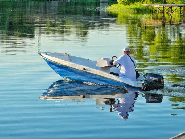 Лодки и катера