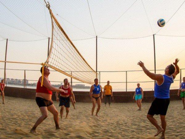 Волейбольная площадка на пляже