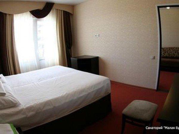 Люкс 2-местный 2-комнатный с балконом корп. 3