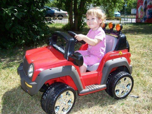 Детские электромобили и велосипеды
