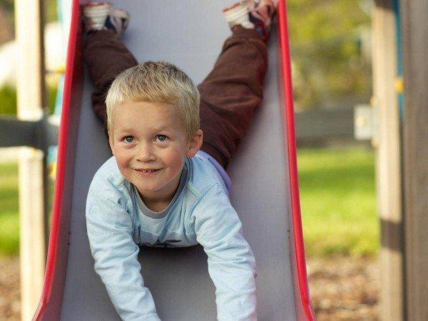 Детская площадка и беседка