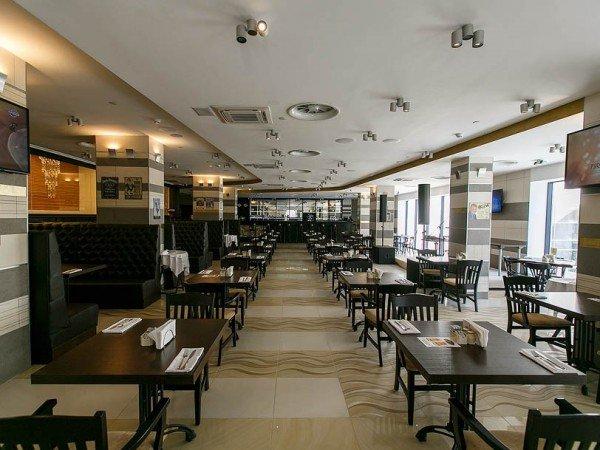 Паб «The Stratford Pub»