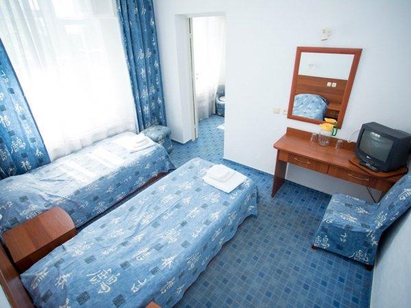 3-местный 2-комнатный стандарт