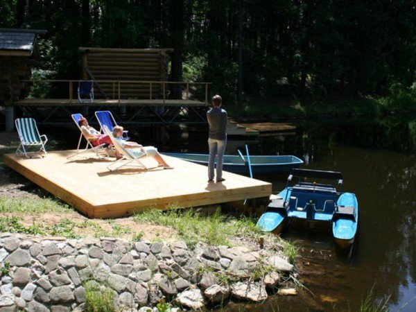 Оборудованный берег реки