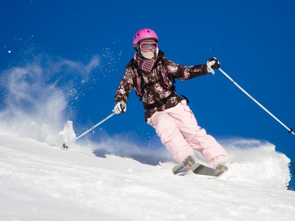 Катание на лыжах и сноуборде