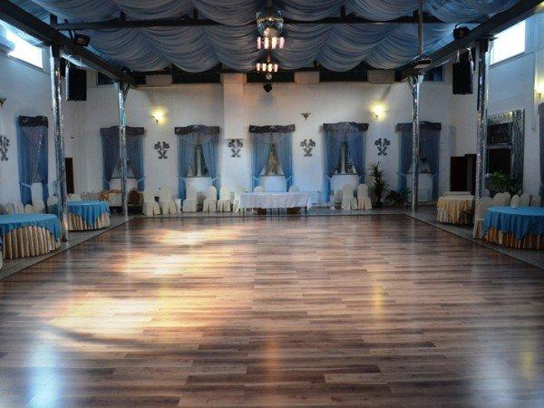 «Центральный зал»