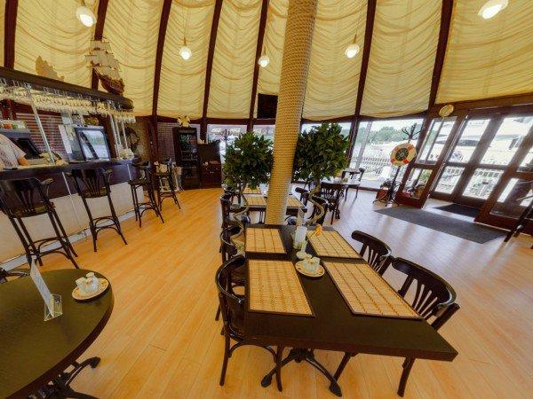 Основной зал ресторана-гриль «Порт'О Завидово»