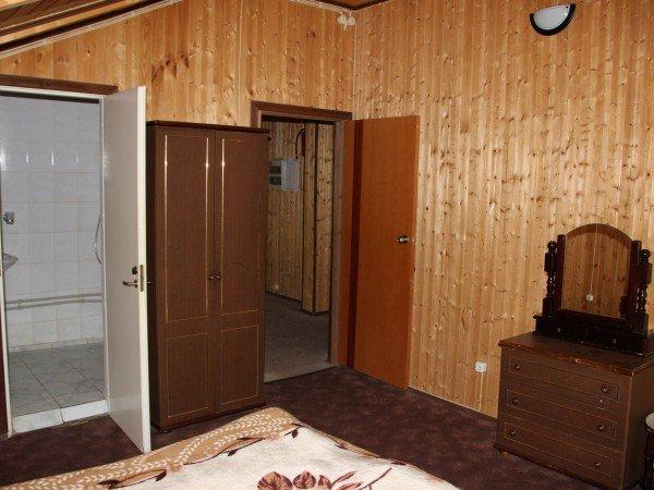 Двухэтажный 8-ми местный гостевой дом