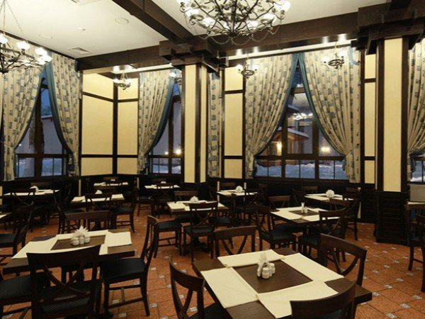 Артурс Village - Ресторан «Obstler»