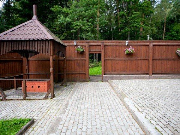 Мангальные площадки и гриль-домики