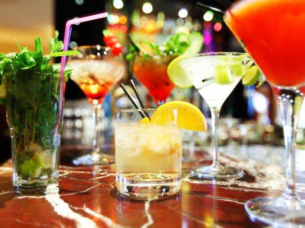 Летняя площадка с баром