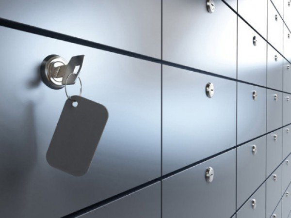 Охрана, служба приема и сейфовые ячейки