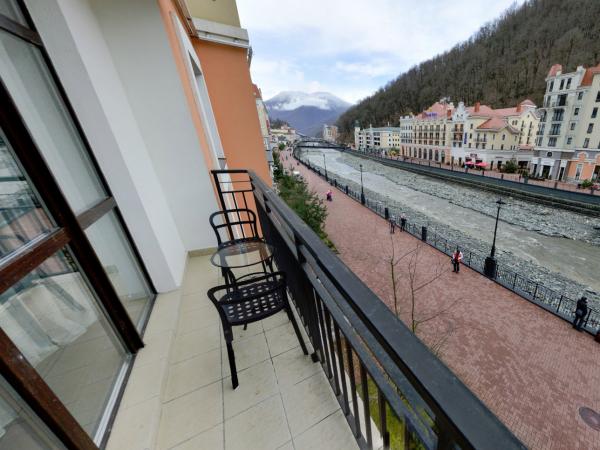 Улучшенный номер с балконом