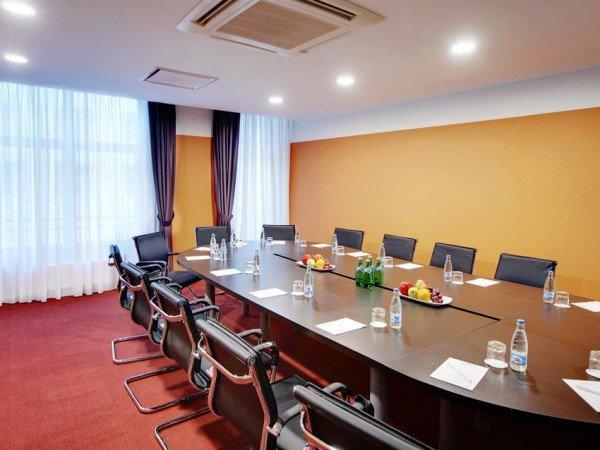 Организация мероприятий в отеле «Golden Tulip Rosa Khutor»