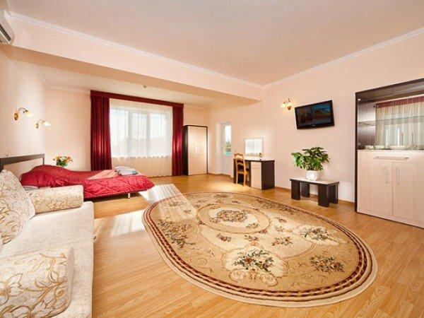 1-комнатный улучшенный трёхместный