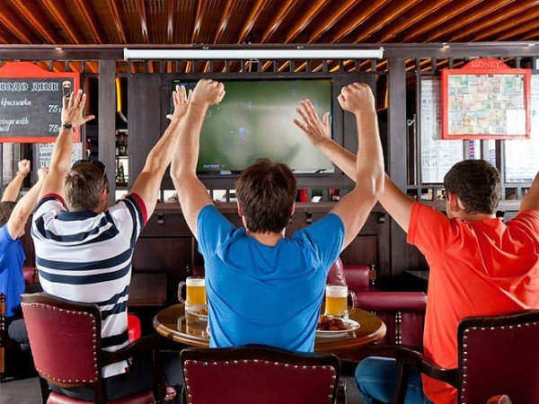 Спорт-бар «Свисток»