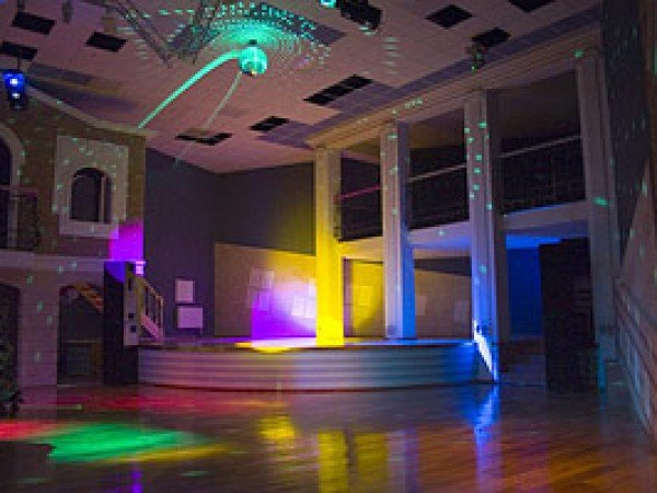 Dance-клуб