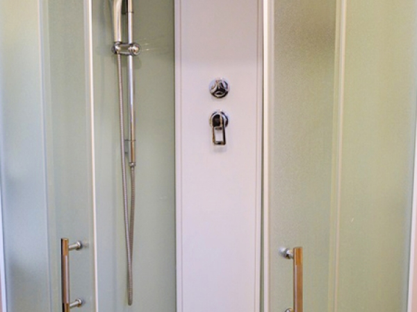 СТАНДАРТ Биг Single 1-местный 1-комнатный номер с двуспальной кроватью (к. №6)