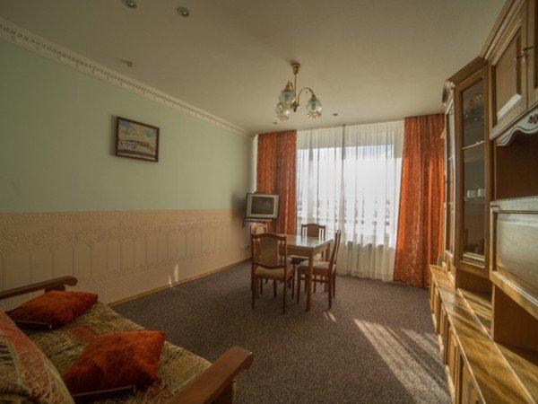 Двухкомнатный с изолированой гостиной