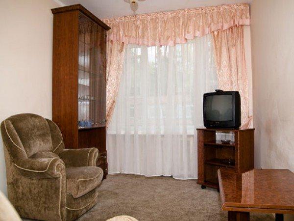 Двухкомнатный номер с малой гостиной