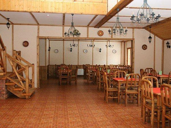 Деревянный ресторан