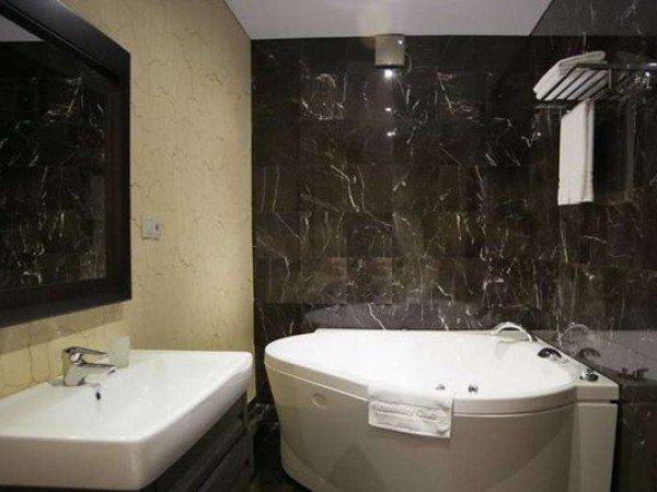 Люкс 2-местный 2-комнатный в Главном корпусе 7, 8 этаж