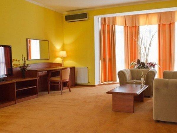 Апартаменты 2-местные 3-комнатные № 145 Морской коттедж