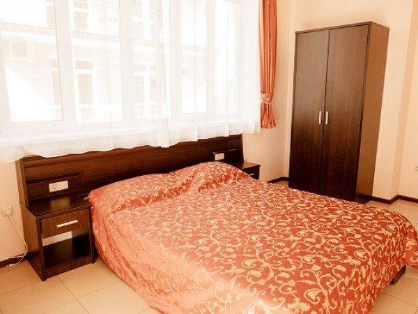 Стандарт+ 2-местный 1-комнатный в Коттедже с французской кроватью, (не мансардный)