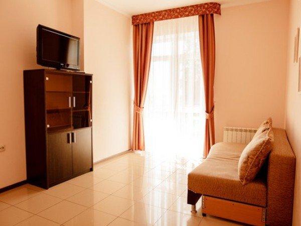 Сьют 2-местный 2-комнатный в Морских коттеджах