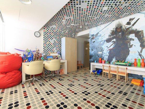 Детская площадка, игровые помещения