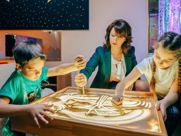 Детская комната с услугами воспитателя