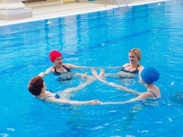 Лечебная физкультура, плавание и акваэробика