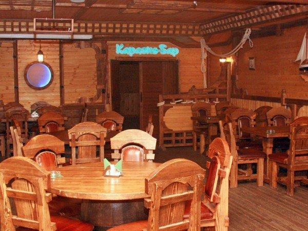 Караоке-бар