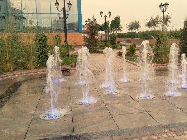 Прогулочная терраса и шоу фонтанов