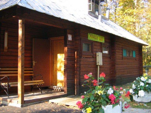 Бревенчатая русская баня