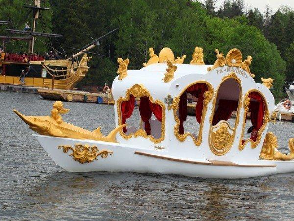 Яхта-карета