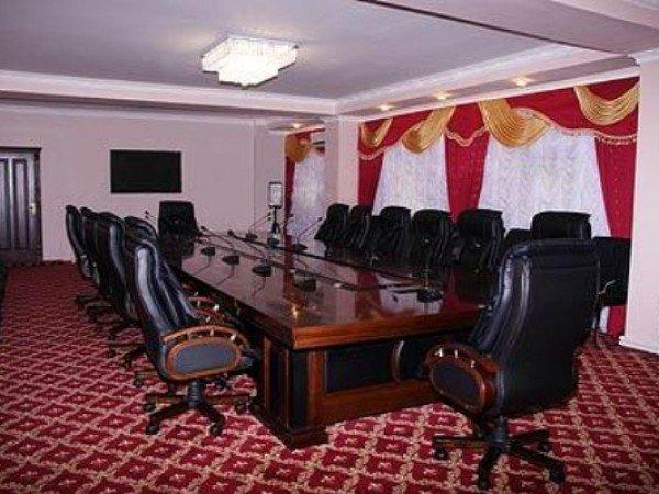 Сенат-клуб