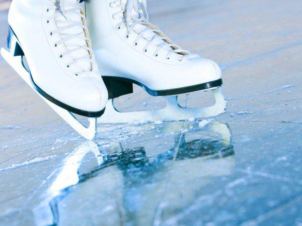 Открытый ледовый каток
