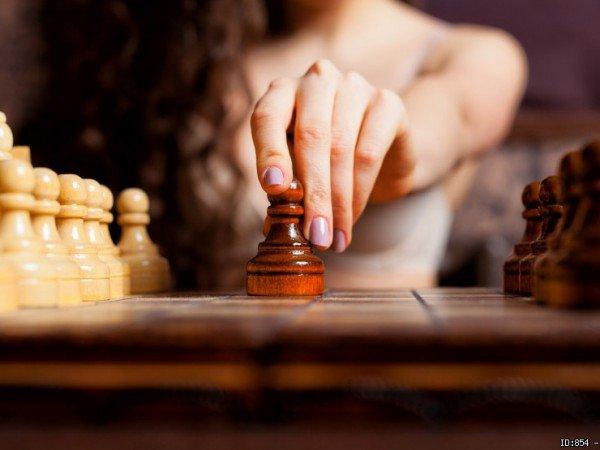 Настольные игры (шахматы, нарды, шашки, домино)