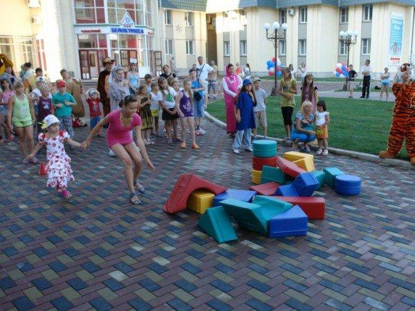 Детские праздники и развлекательные программы