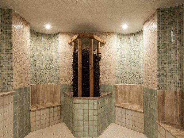 Травяно-солевая баня