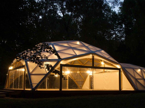 Площадка «Живописная» с шатром
