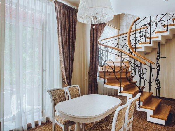 Апартамент трехкомнатный двухуровневый
