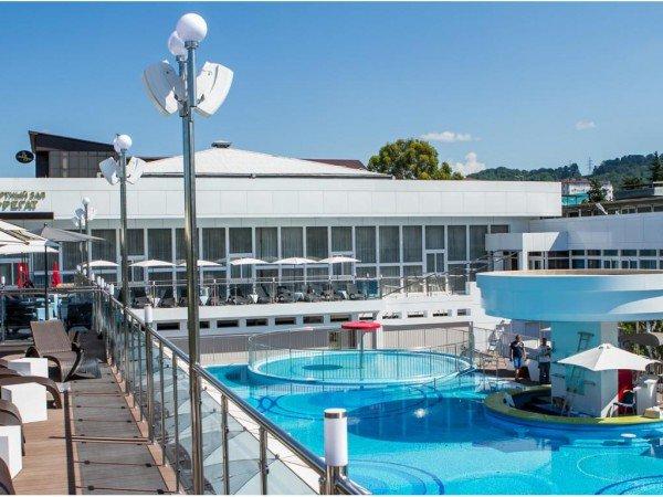 Вип бассейн