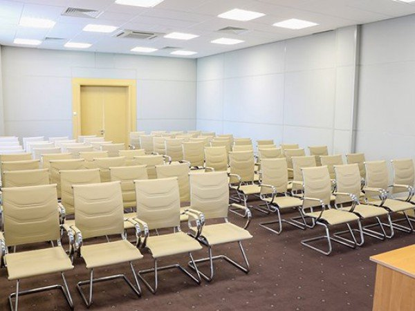 Конференц-зал 80 мест