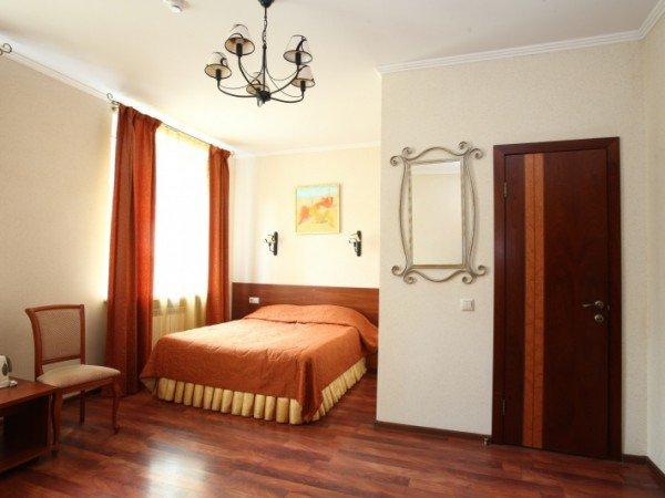 Евростандарт с двуспальной кроватью
