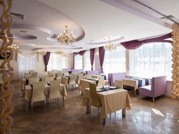 Полный сервис по организации выездного питания: Рестораны и бары в отеле Серебряный век