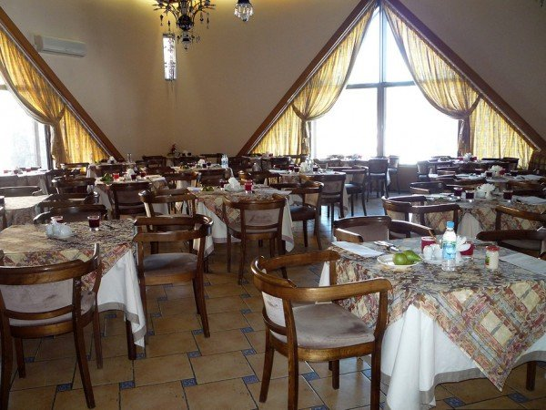 Столовая и ресторан